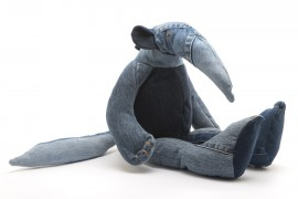 02-anteater-maison-indigo