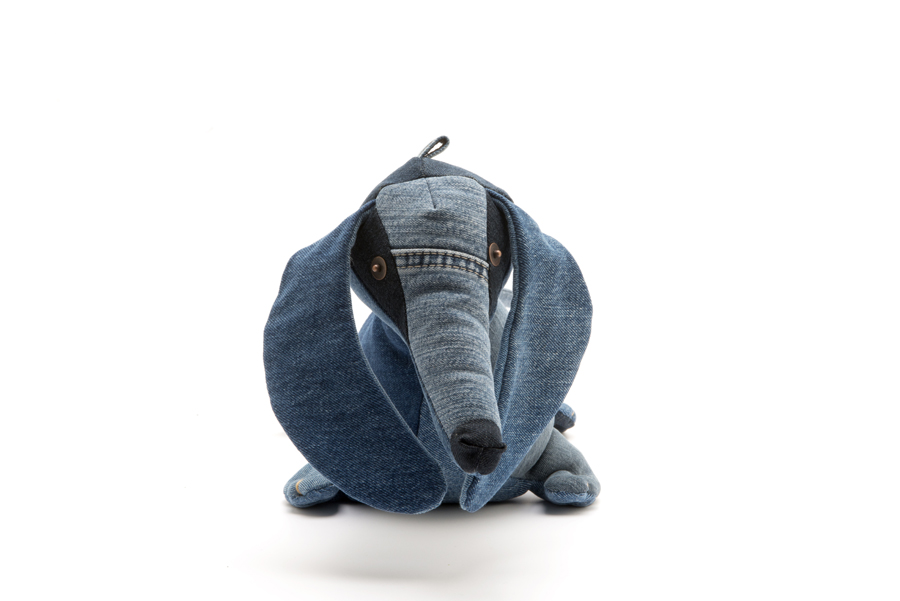 dachshund-front-maison-indigo-for-the-love-of-denim